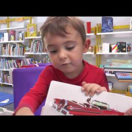 _le_petit_chantilire_la_bibliotheque_toute_neuve_du_petit-chantilly_